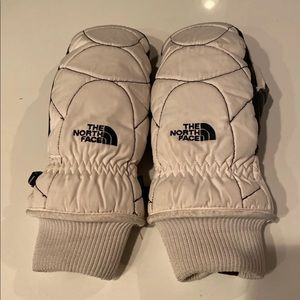 North face mittens/gloves